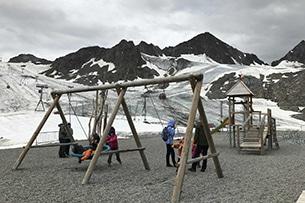 Valle dello Stubai con bambini, parco giochi ghiacciaio