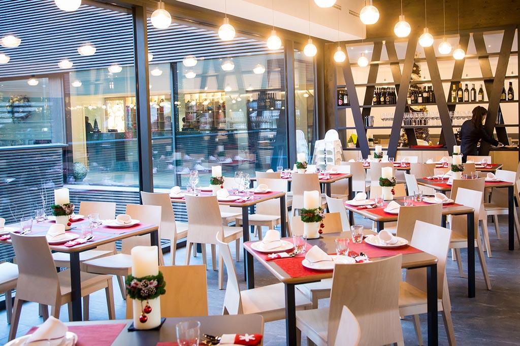 Family hotel Monte rosa, Hotel Mirtillo Rosso, tavoli