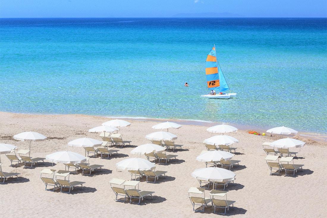 Resort in Sardegna per bambini: Le Dune, il mare più bello ...