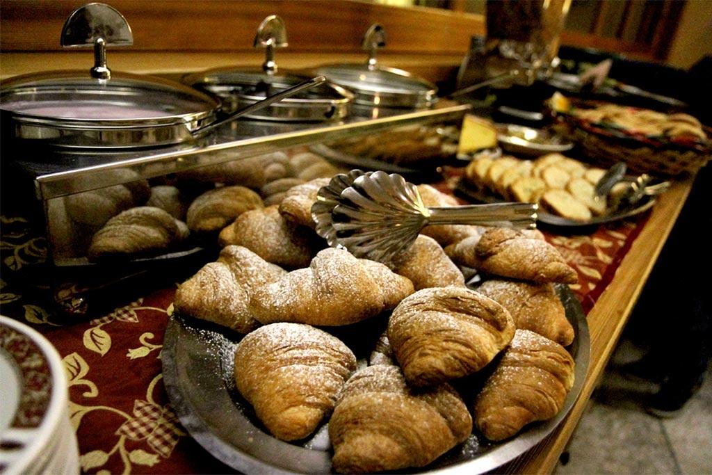 Hotel per famiglie Val d'Aosta, Hotel Zerbion colazione