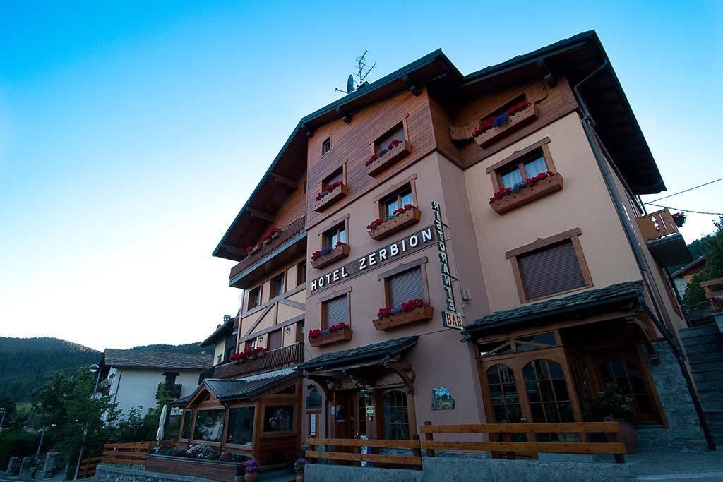 Hotel per famiglie Val d'Aosta, Hotel Zerbion esterno