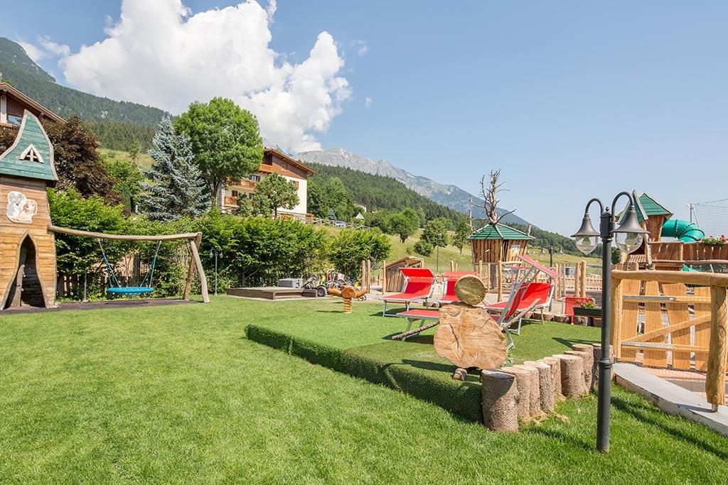 Family hotel Andalo, Hotel Alpino, giochi esterni
