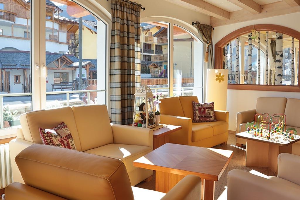 Family hotel Andalo, Hotel Alpino, salotto