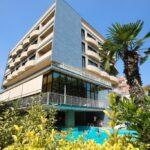 Hotel Metropolitan a Igea Marina esterno e piscina