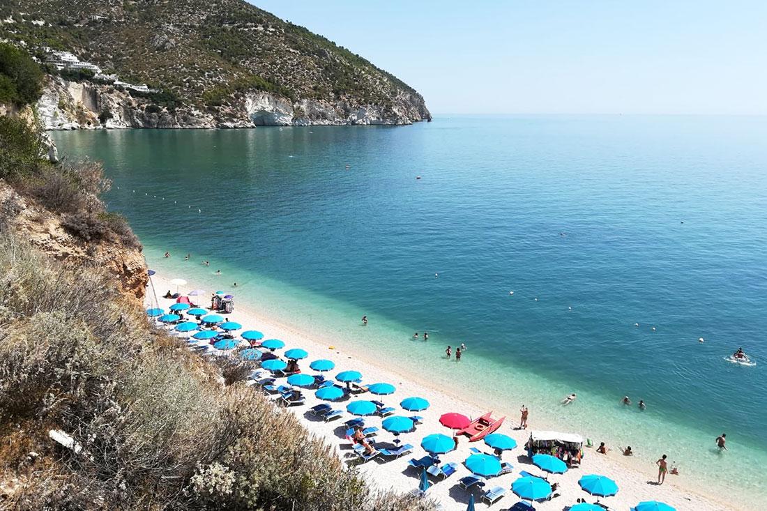 Cartina Mappa Spiagge Puglia.Spiagge Del Gargano La Mappa Delle Piu Belle E Facili Da Raggiungere Familygo