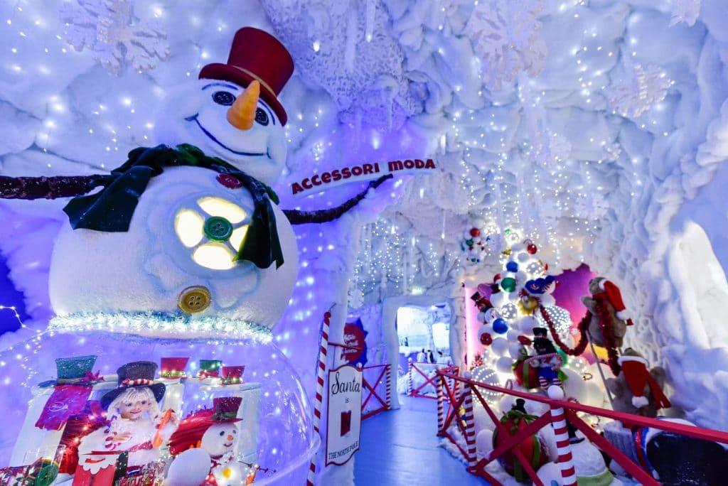 La Casa Di Babbo Natale A Verona.Villaggio Di Natale Flover A Bussolengo Familygo