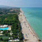 Pineto Beach villaggio e campeggio per bambini in Abruzzo, panoramica
